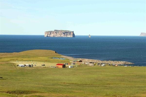 冰岛Drangey岛