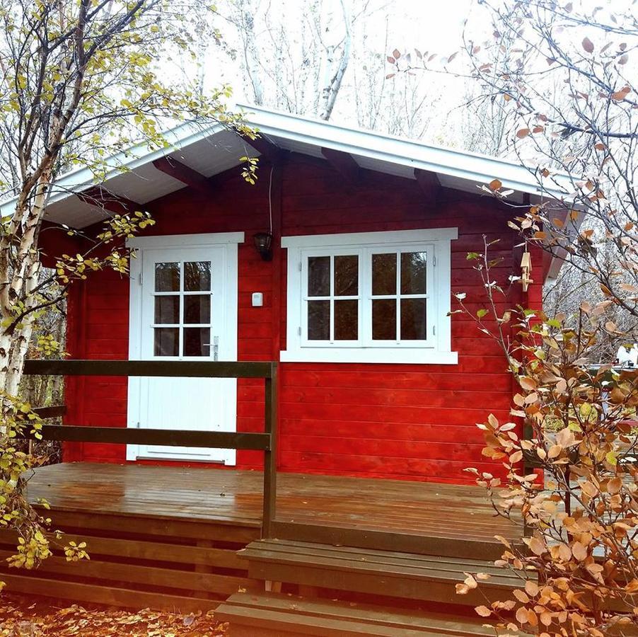 Bakkakot 2: Cosy Cabin With a Terrace Near Akureyri
