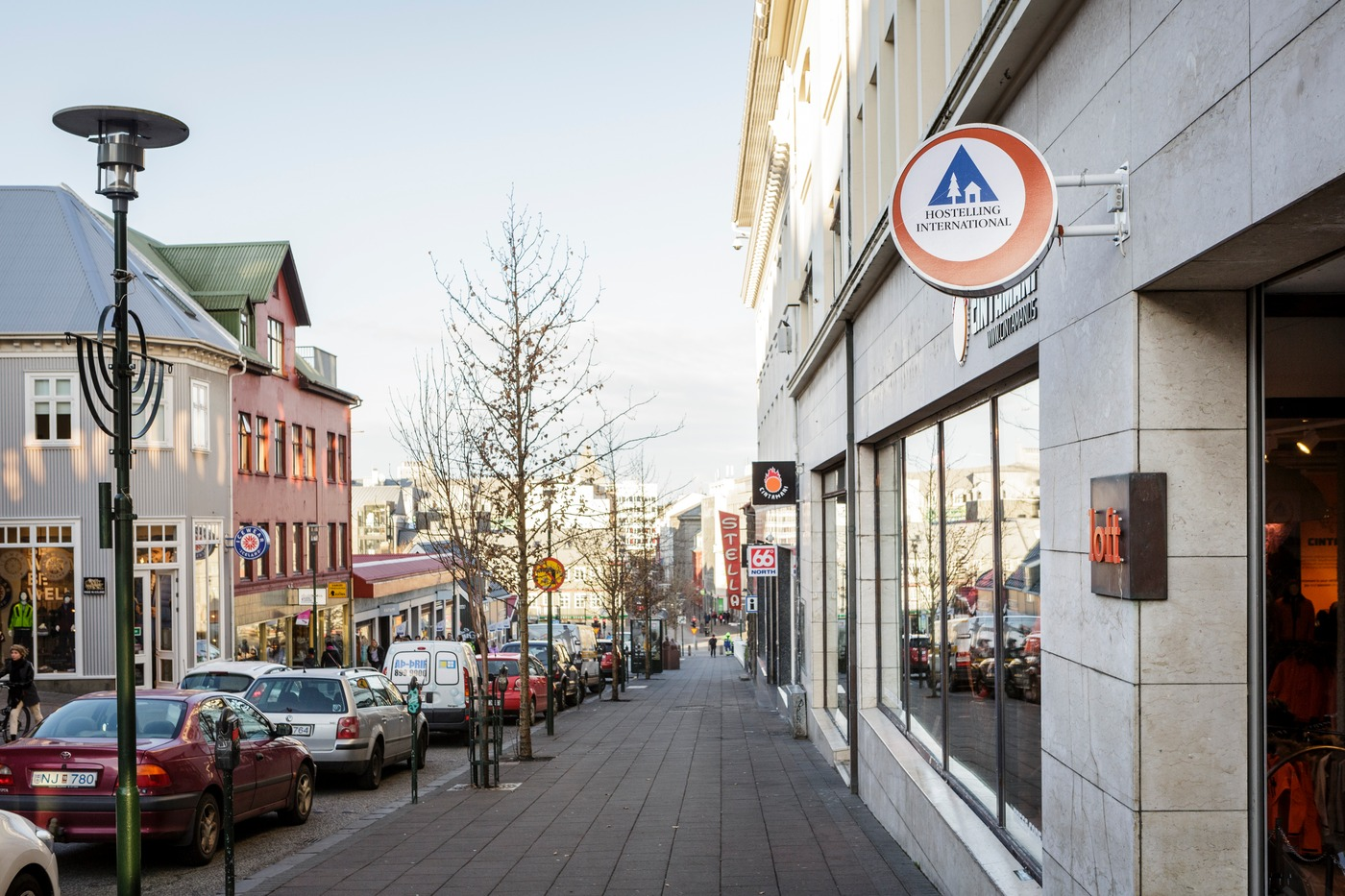 HI Loft Hostel is located right between the downtown area and Laugavegur shopping street.
