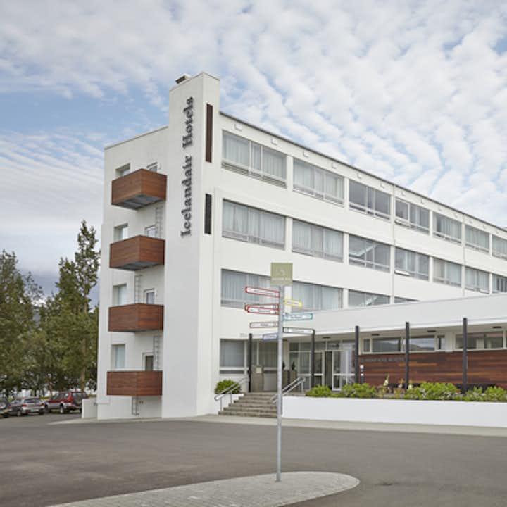 2020-02-20T08:43:51_3521d63e-61a7-4946-a15b-216d95719b4e_icelandair_hotel_akureyri_exterior_summer1.jpg