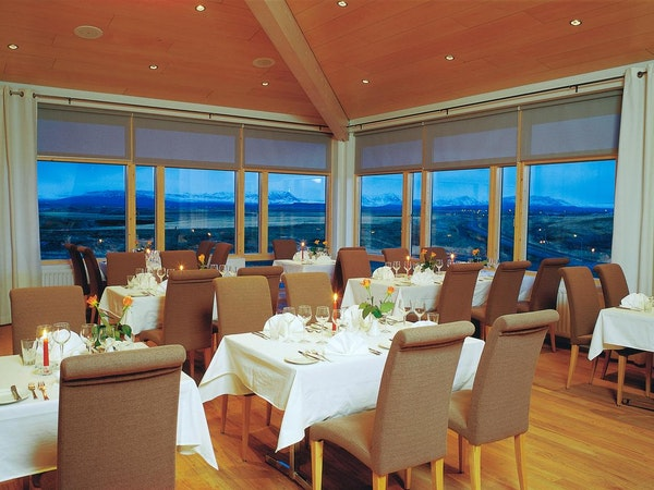 Icelandair Hotel Fludir has a restaurant with an a la carte menu.