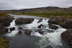 1600px-Glanni_waterfall_2019.jpg
