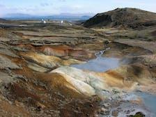 1920px-2006-05-22-114047_Iceland_Hverager%C3%B0i.jpg