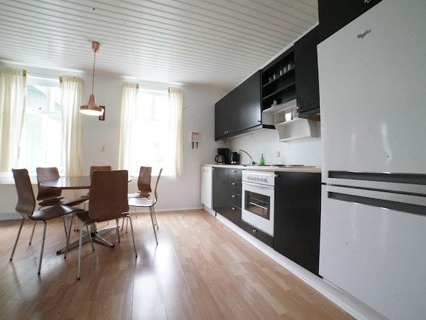 Hótel Aldan's apartments have full kitchens.