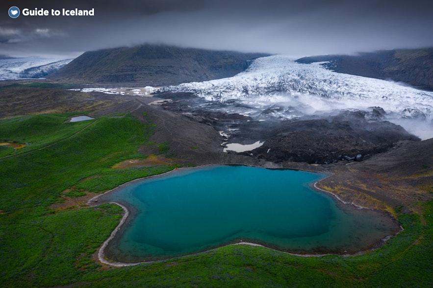 A view over Vatnajökull glacier tongue from Skaftafell.