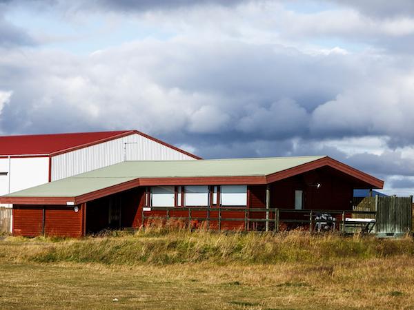 Snorrastaðir has several cottages for different guest size.