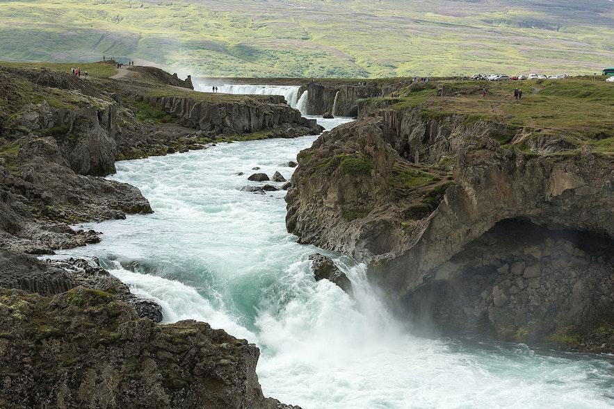 Skjálfandafljót is the fourth longest iver in Iceland.