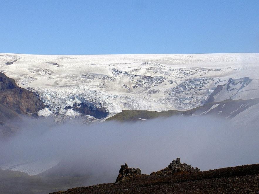 Mýrdalsjökull glacier sits directly atop Katla volcano.