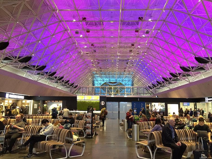 An interior shot of Keflavik International Airport.