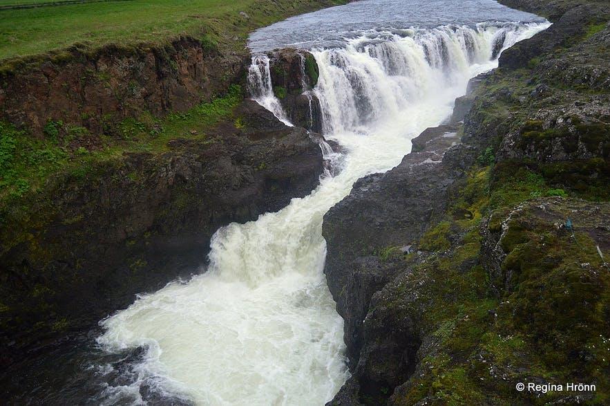 An epic waterfall in Kolugljúfur.