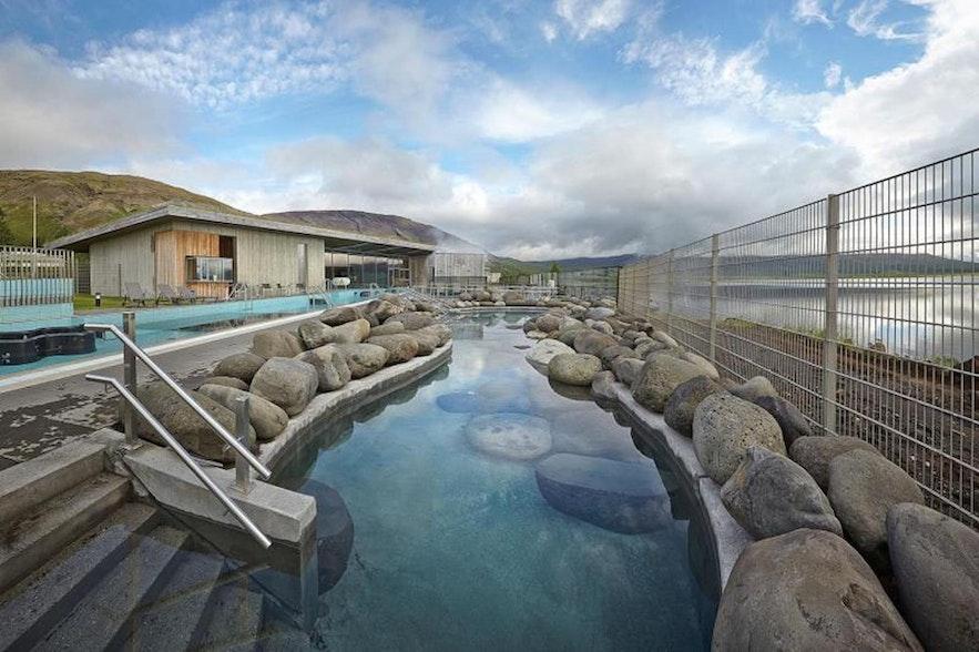 Kids can have fun at Fontana Geothermal Baths!