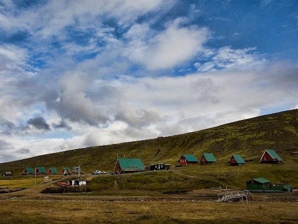 Kerlingarfjöll, Hálendismiðstöð