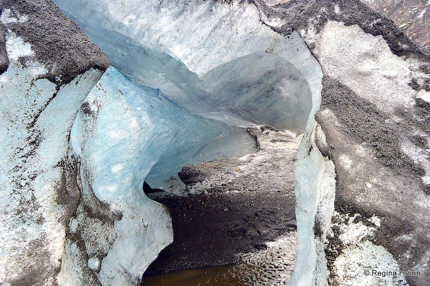 Sólheimajökull glacier hike South-Iceland