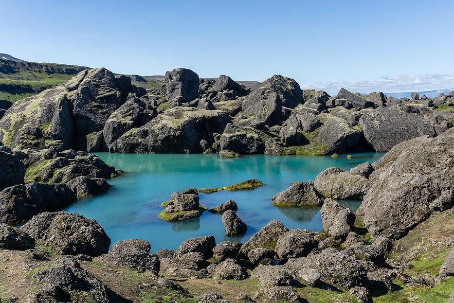 The Storurd boulders are part of the Viknaslodir Hiking Trail.