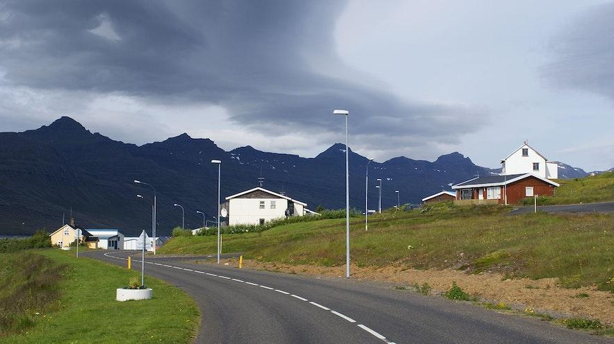A road leads into Stöðvarfjördur.