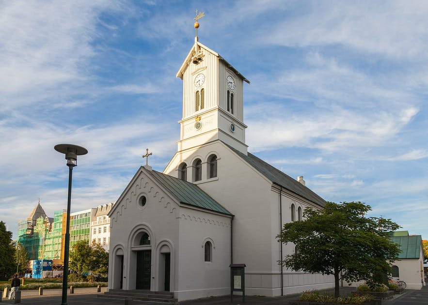 The Reykjavik Cathedral is located by Austurvollur Square in the city centre