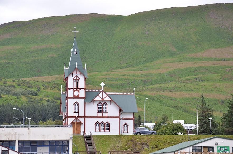 Rognvaldur designed many beautiful churches.