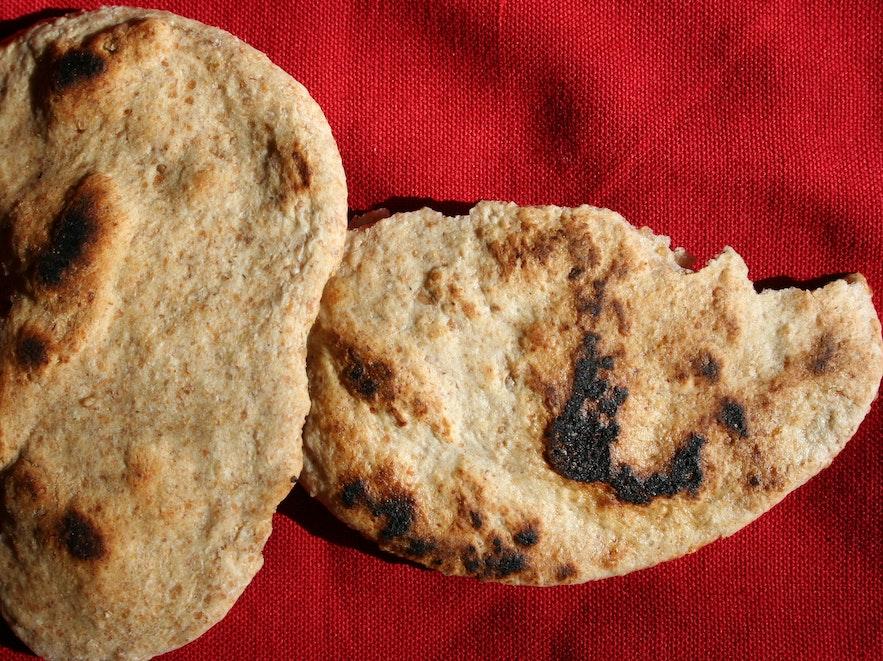Traditional Icelandic Flat Bread (Flatkaka).