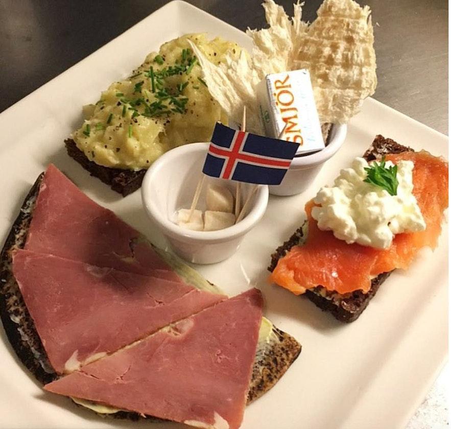 A platter of Icelandic treats.