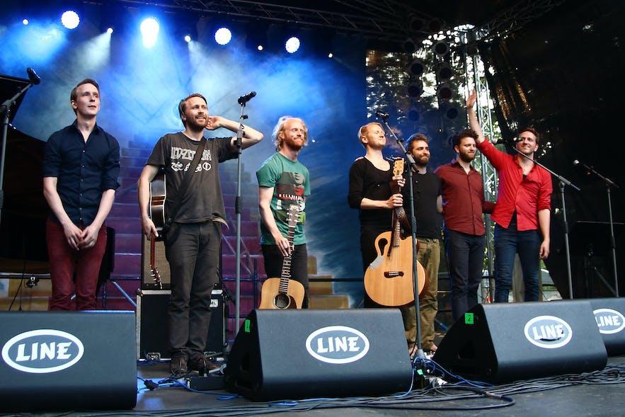 Icelandic folk band Árstíðir are hugely popular.