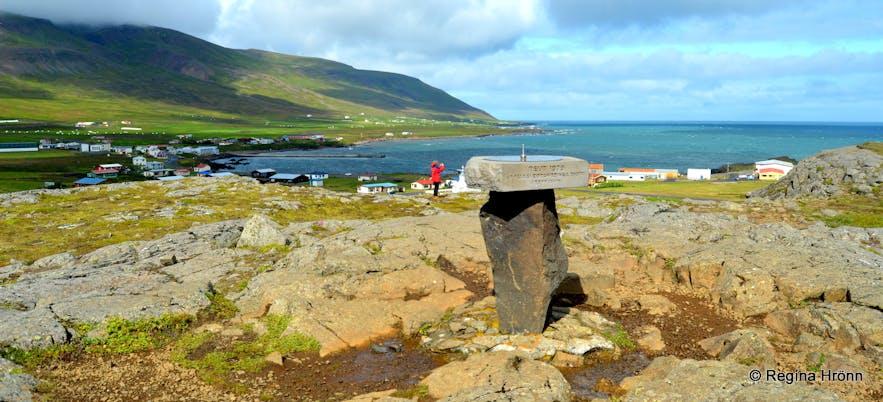 Álfaborg rock Borgarfjörður-Eystri East-Iceland view-dial