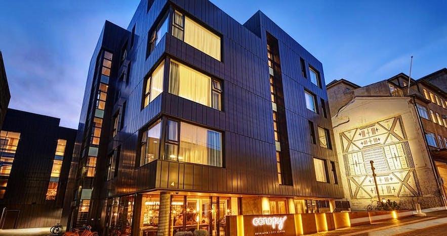雷克雅未克林冠希尔顿酒店(Canopy by Hilton)装修豪华,房间较新