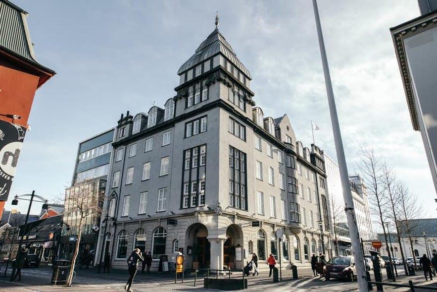 雷克雅未克凯亚阿坡泰克酒店(Apotek Hotel Reykjavik)曾被用于药店,后被改建为酒店