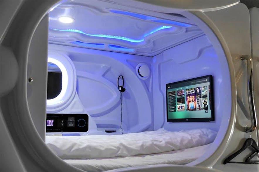 雷克雅未克银河波德旅舍(Galaxy Pod Hostel)带有酷炫的睡眠舱