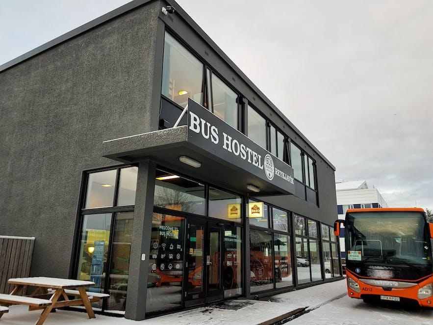 雷克雅未克巴士旅馆(Bus Hostel)是穷游冰岛节省预算的最佳青旅选择