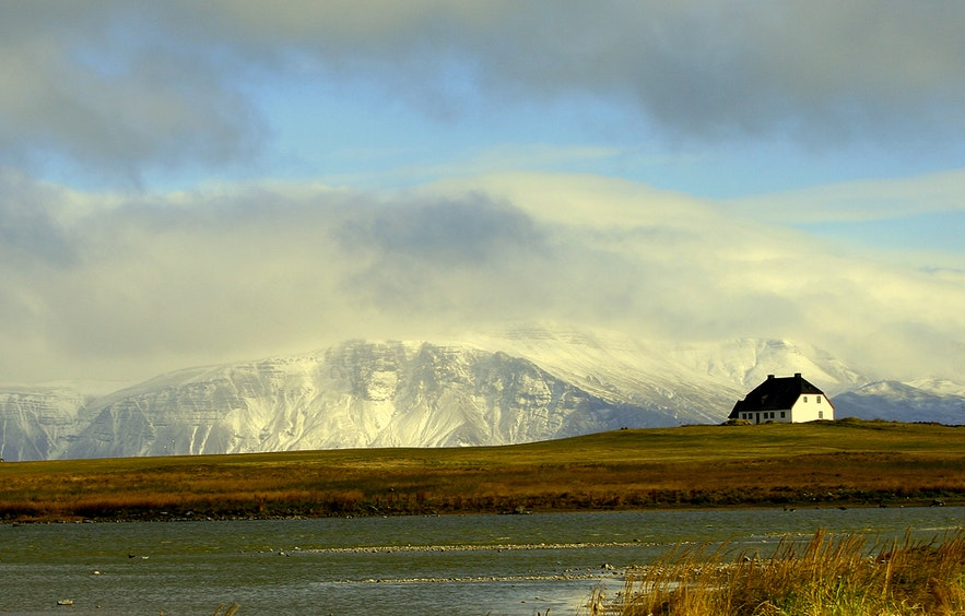 Esja is the mountain across the water from Reykjavik.