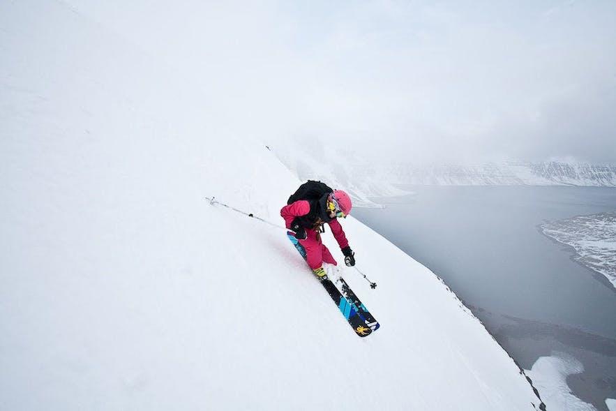 冰岛滑雪相比其他户外项目稍显少见