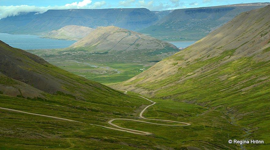 Roads in the Westfjords - Hrafnseyrarheiði heath