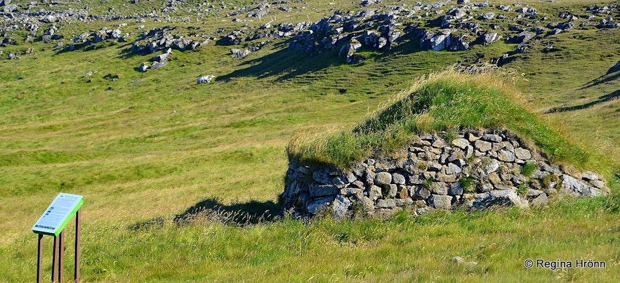 The oldest turf outhouse in Iceland - Hesthúsið á Hólum in Kollsvík