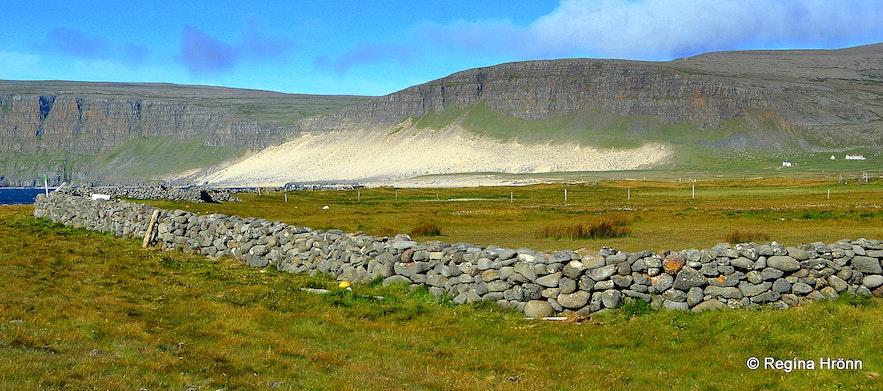 Kollsvík in the Westfjords - Garður the old fence