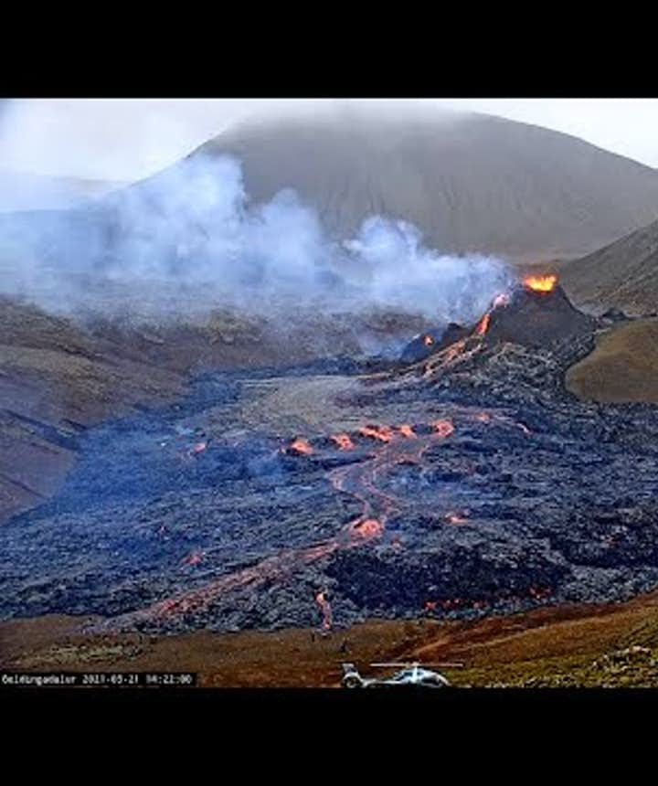 Live Feed from the Fagradalsfjall Volcanic Eruption in Geldingadalur