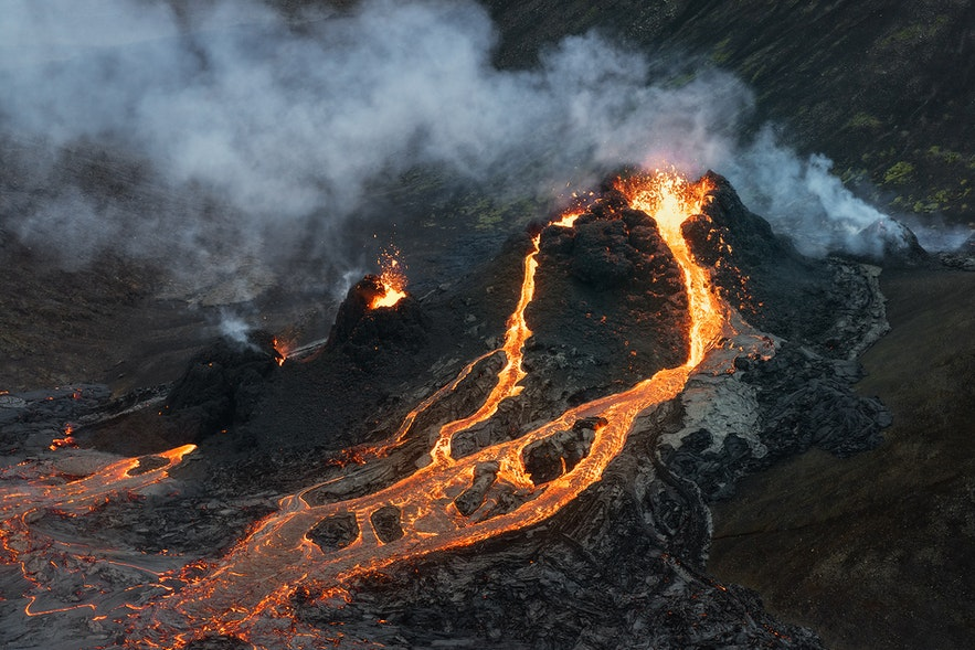 Geldingadalur has an effusive flow with gentle lava rivers.