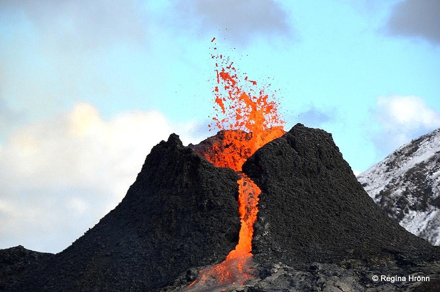 The volcanic eruption in Geldingadalir SW-Iceland
