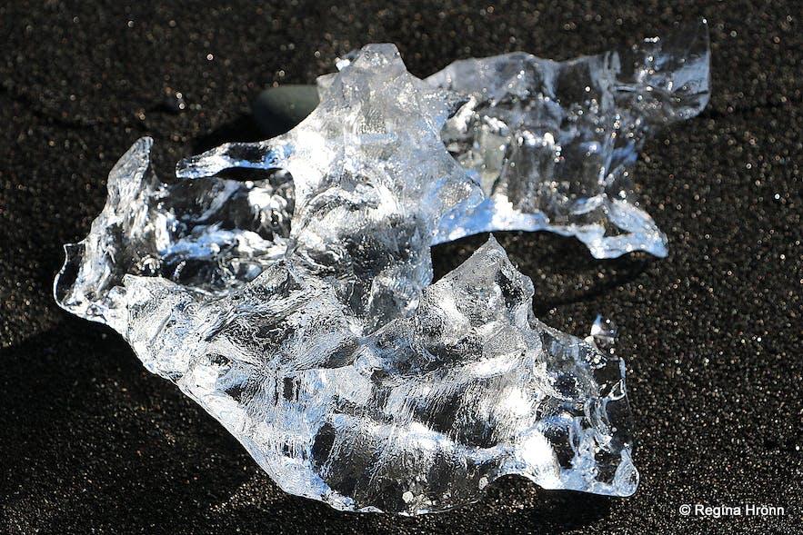 Ice chunks on the beach by Jökulsárlón