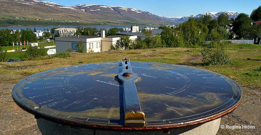 The view-dial on Hamarksotsklappir in Akureyri