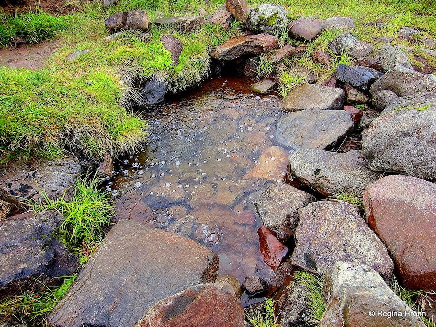 Rauðamelsölklelda natural mineral spring Snæfellsnes