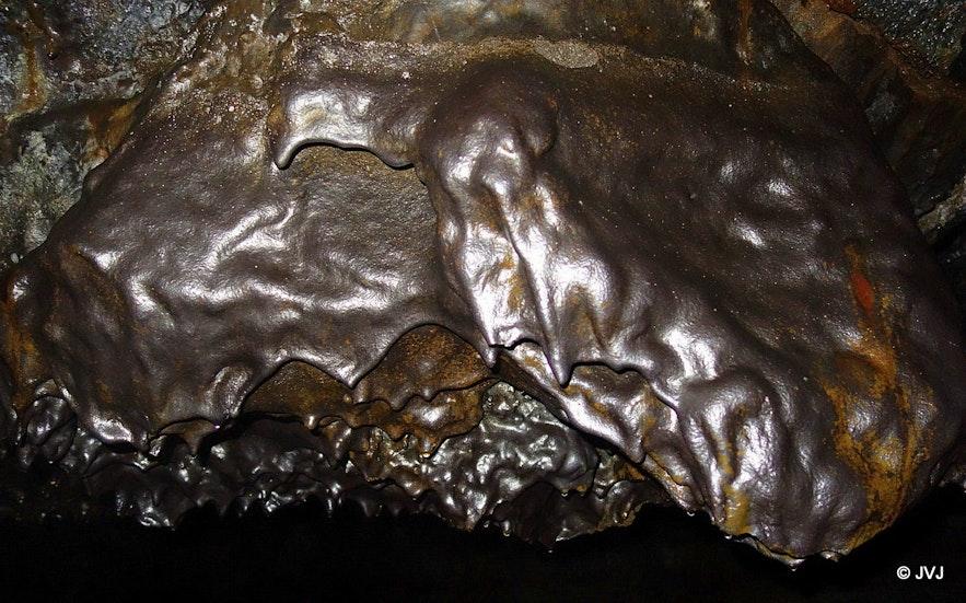 Leiðarendi cave South-Iceland