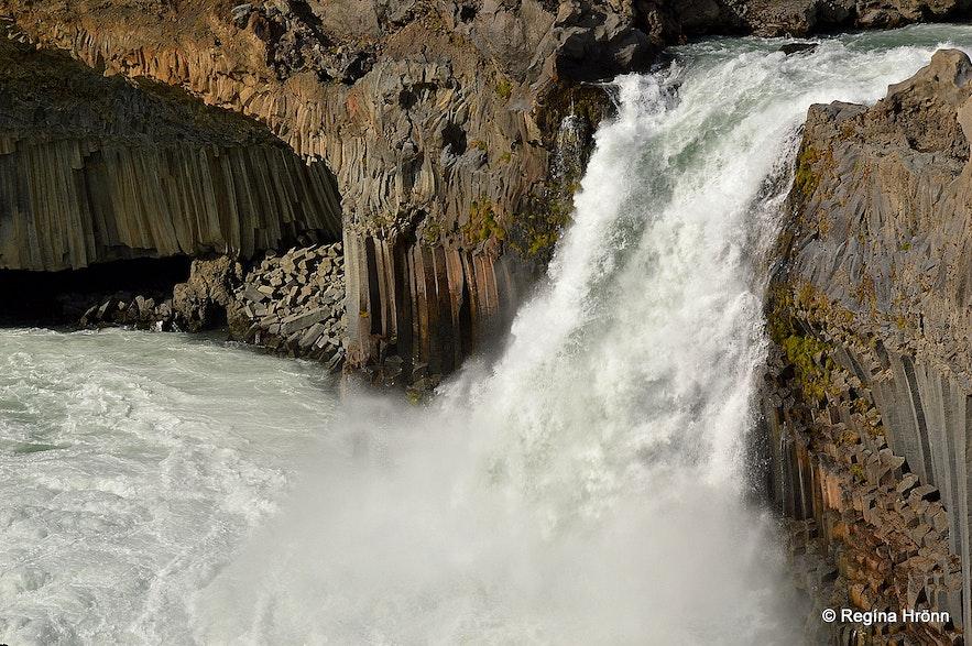 Aldeyjarfoss waterfall North-Iceland