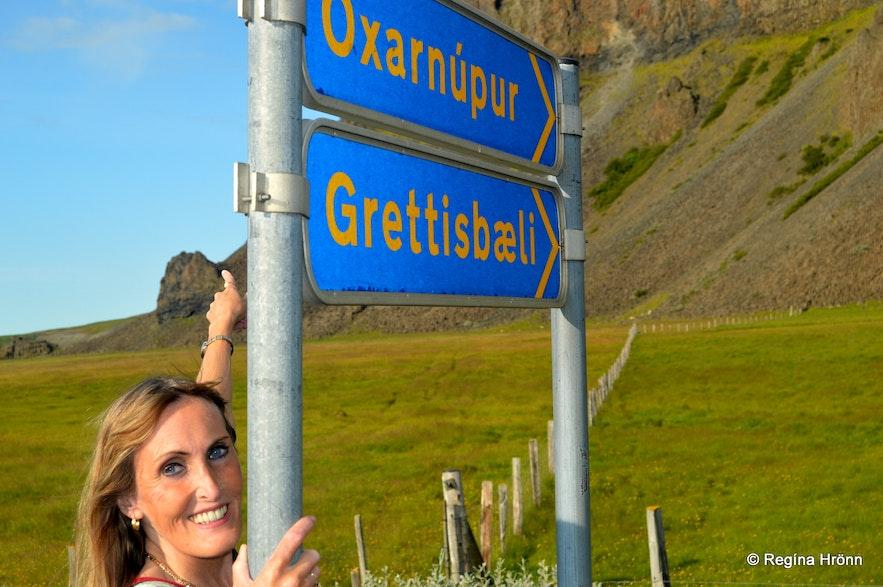 Regína by Grettisbæli lair signs
