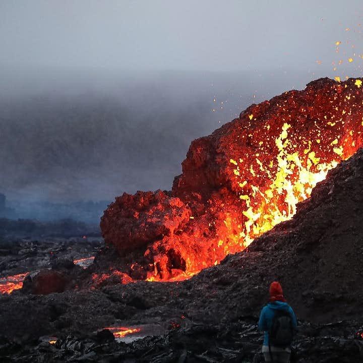 Visite en soirée du volcan Geldingadalur