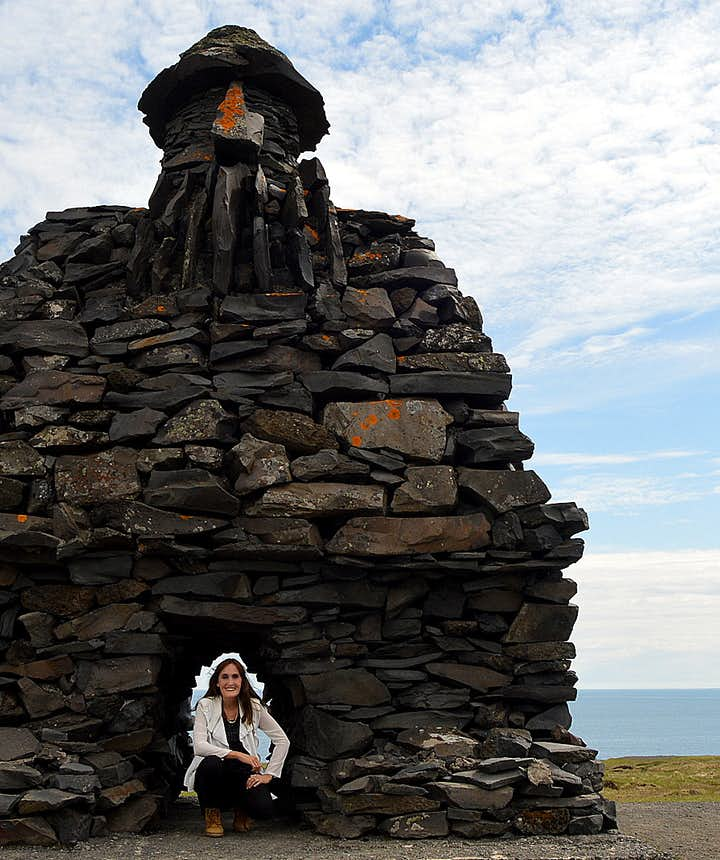 Regína with Bárður Snæfellsás Arnarstapi