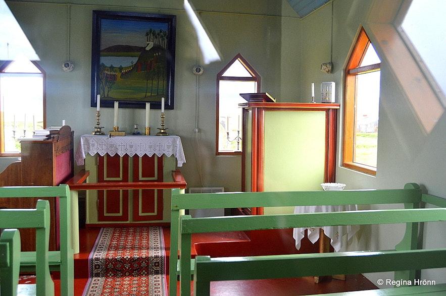 Inside Möðrudalskirkja church