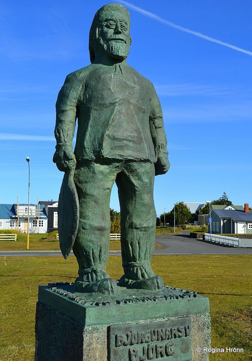 The monument for drowned fishermen at Eyrarbakki