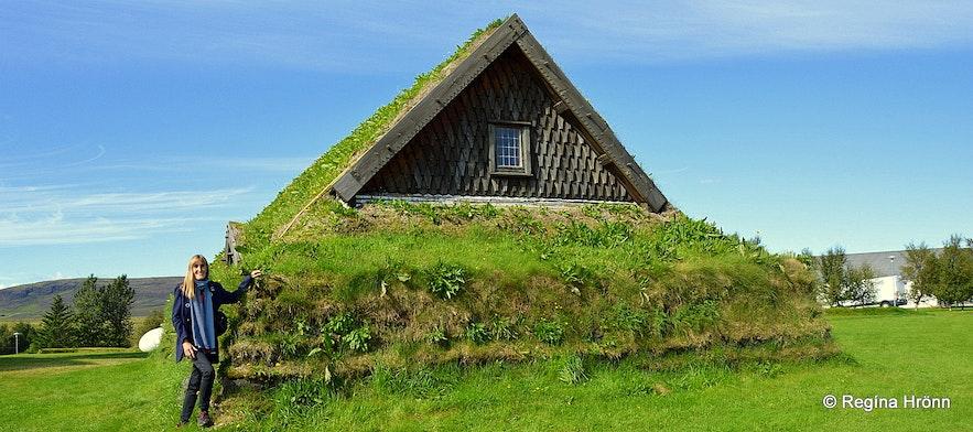 Regína at Þorláksbúð hypothesis house at Skálholt