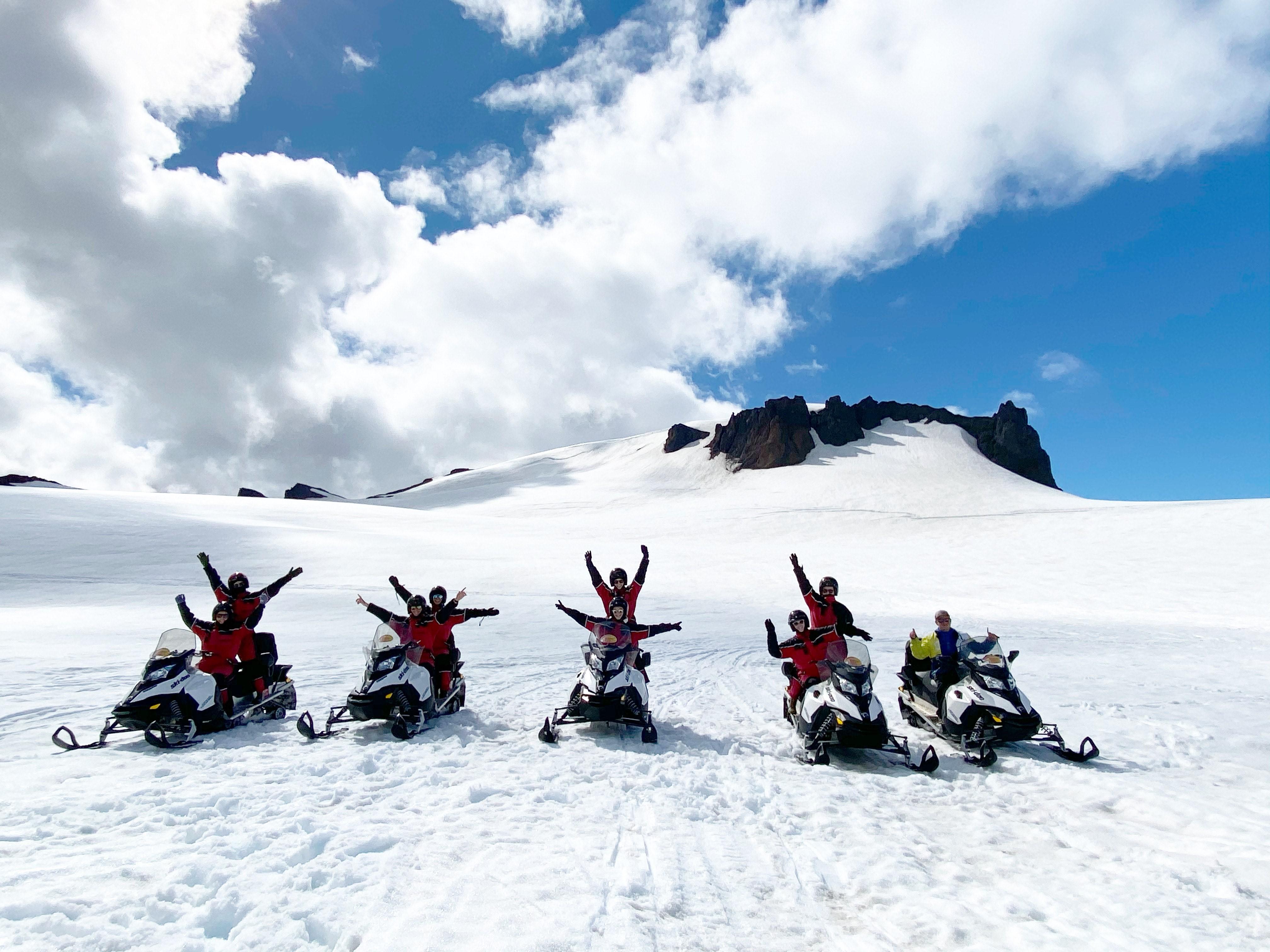 Sneeuwscootertocht op de Vatnajokull: de grootste gletsjer van Europa