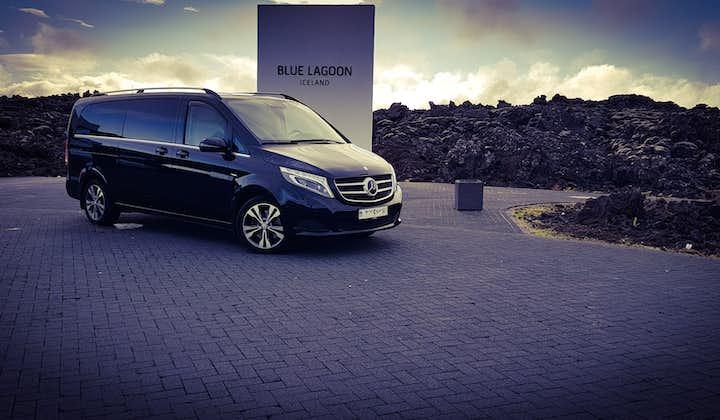 Luxe privétransfer naar de luchthaven van Keflavík